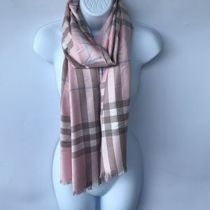BURBERRY cashmere scarf, strawberry sorbet *flawed